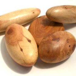 """Cade Wood Pebbles """"Cadalithe"""" (Galet de bois de Cade)"""
