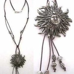 Necklace: Hairy Lady - pewter
