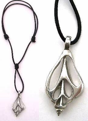 Necklace shell pewter
